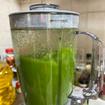 Blend the stock and the green leaves in the blender.